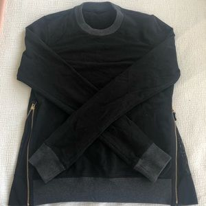 Limited edition Lulumelon Crewneck Sweater Size 4